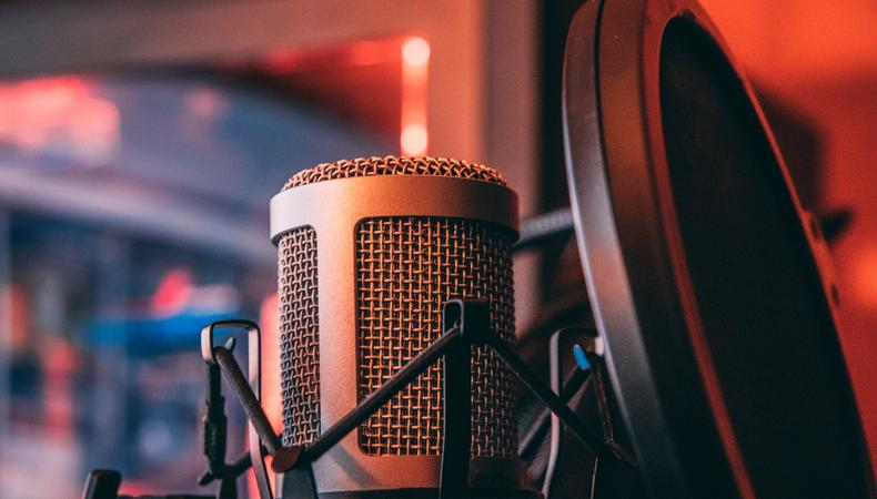 i will put my radio voice for your radio    tv spot  report